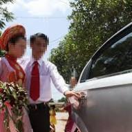Nỗi đau khổ đồng tính nữ đến khi lấy chồng